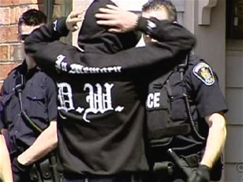 CRA worker may have leaked info to gangs, police say | CTV