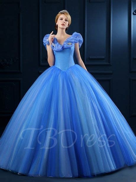 Robe du film cendrillon 2020