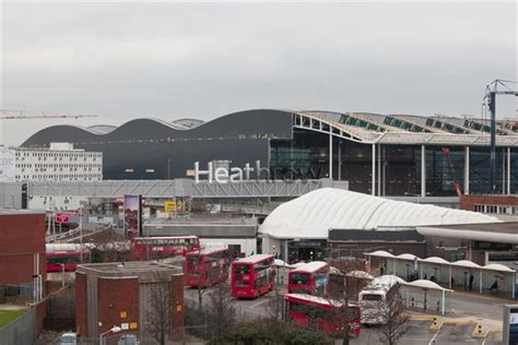 Heathrow Photo Library - CHE10467d - Heathrow, the new T2A