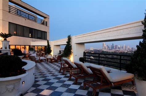 Lavish 3 Level Penthouse In Houston, TX | Homes of the Rich