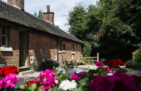 Stable Yard Cottage Accommodation at The Heath House