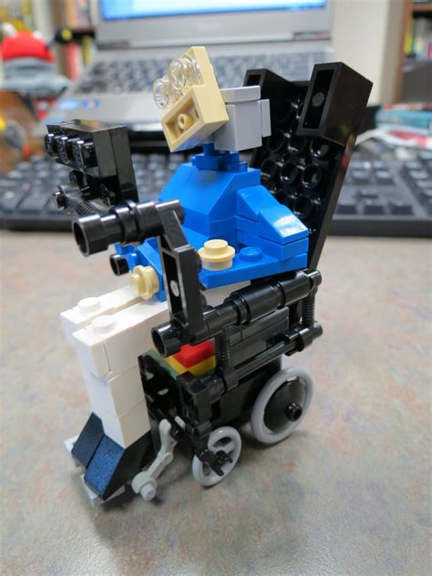 Build Your Own Stephen Hawking: Unofficial Stephen Hawking