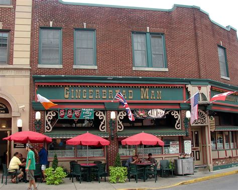 Gingerbread Man | An iconic restaurant near Courthouse