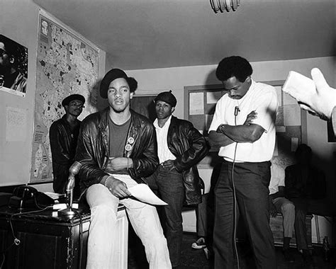 Bobby Seale names Aaron Dixon head of Black Panther Party