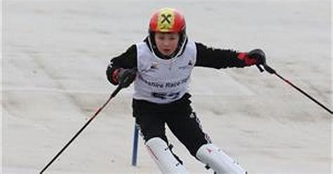 Berkshire Race Squad skiing success in Bracknell - Get Reading