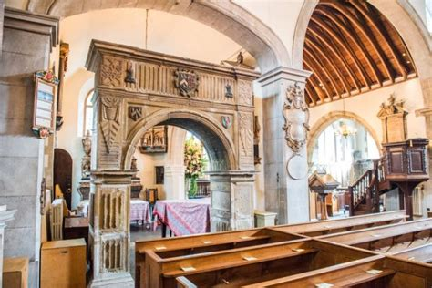 Chelsea Old Church | Historic London Guide